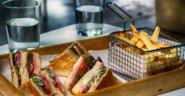 sandwich avec frites
