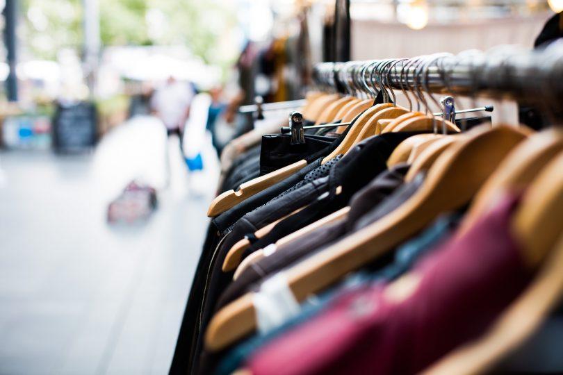 rack à vêtements en extérieur