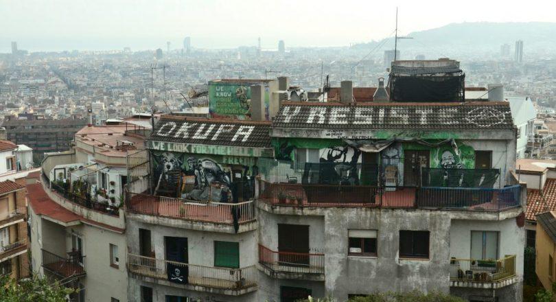 toit d'immeuble en décrépitude