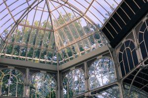 palais de cristal de madrid avec fenetres