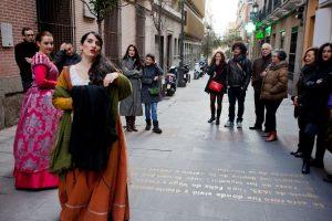 acteurs dans le quartier de las letras à madrid