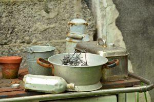 vaisselle en metal