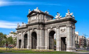 puerta de alcala arc de triomphe de madrid