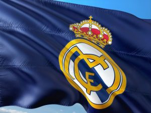 drapeau bleu de real madrid football