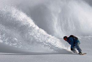skieur sur la neige
