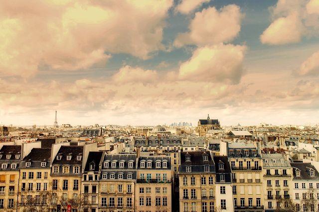 vues sur les toits de la ville